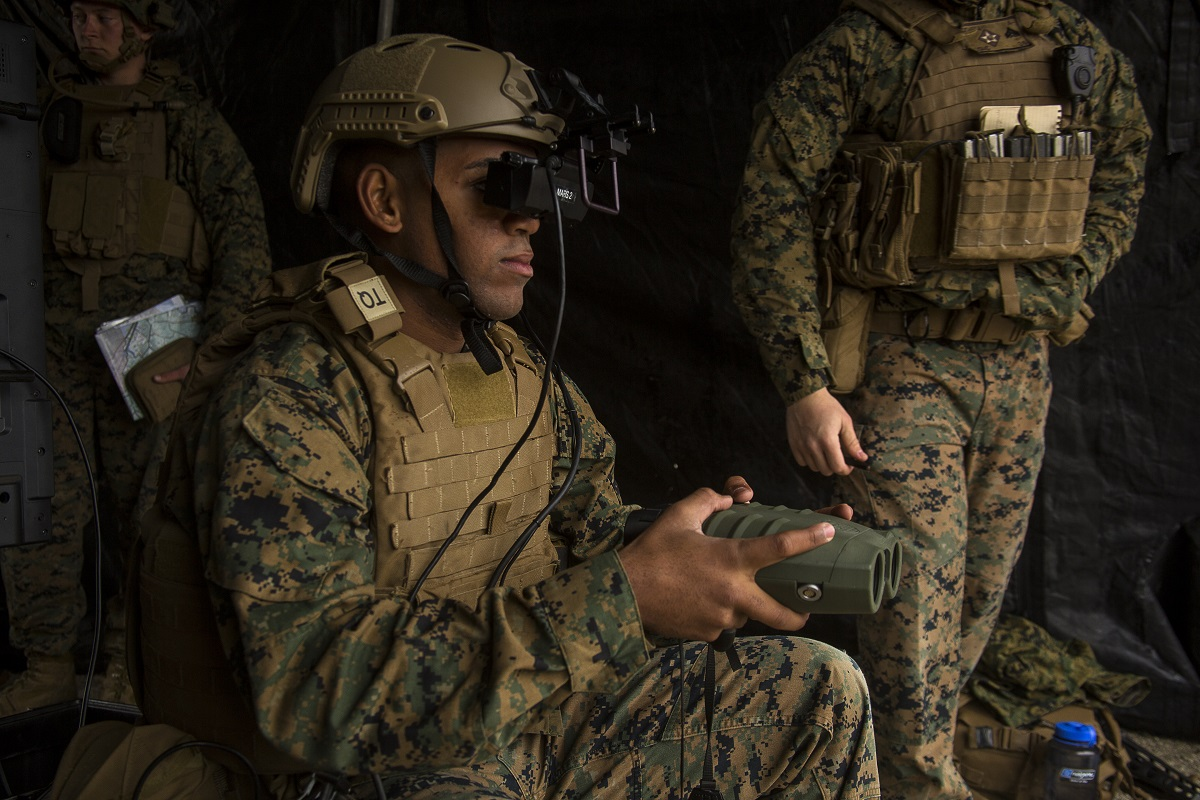 Marines can use these goggles to turn parking lots into firing ranges